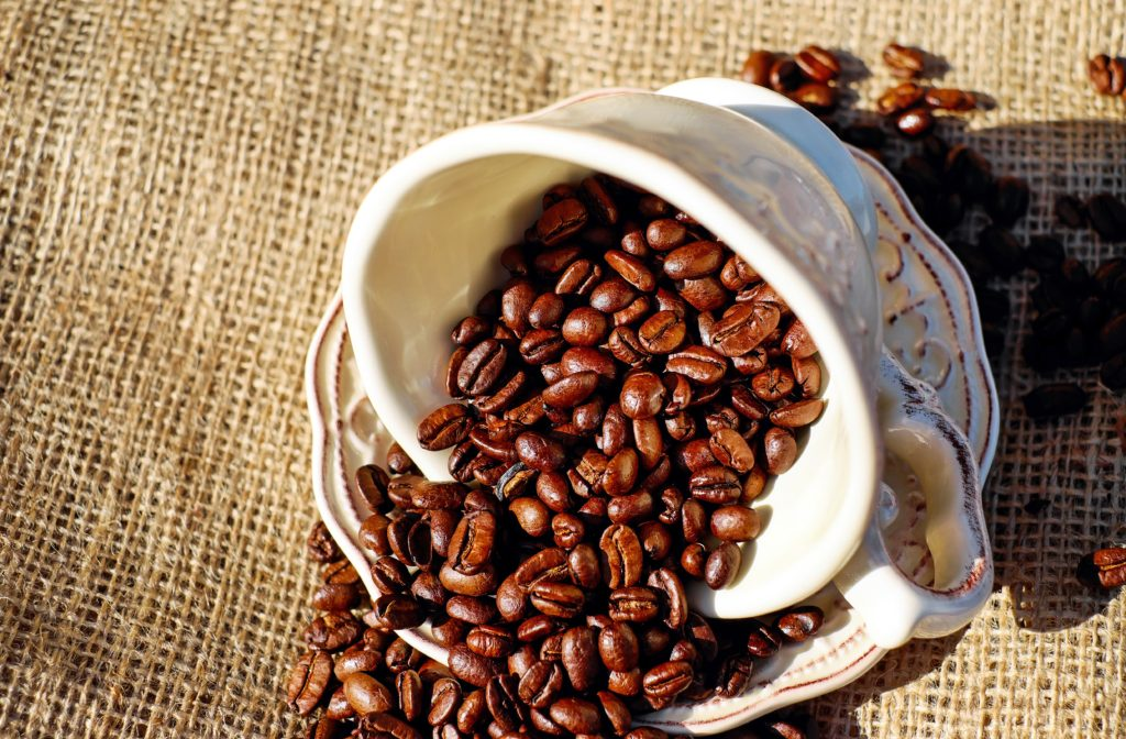 coffee-coffee-cup-porcelain-coffee-beans-134582